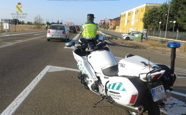 Control de la Guardia Civil./