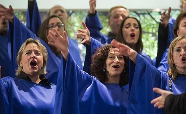 "Coro de Gospel ""Good News"""