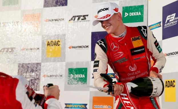 El hijo de Michael Schumacher nuevo campeón de Europa de Fórmula 3