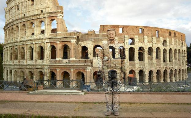 'Colosseo Nº2. 2017' /Liu Bolin