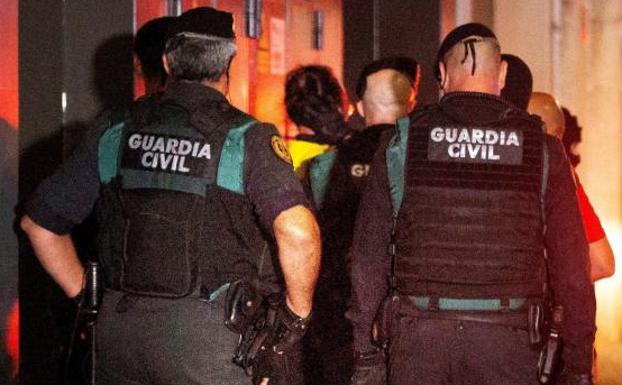 Operativo de la Guardia Civil. /Efe